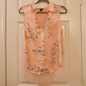 HM Floral Blush Pink Sleeveless Button Down Shirt